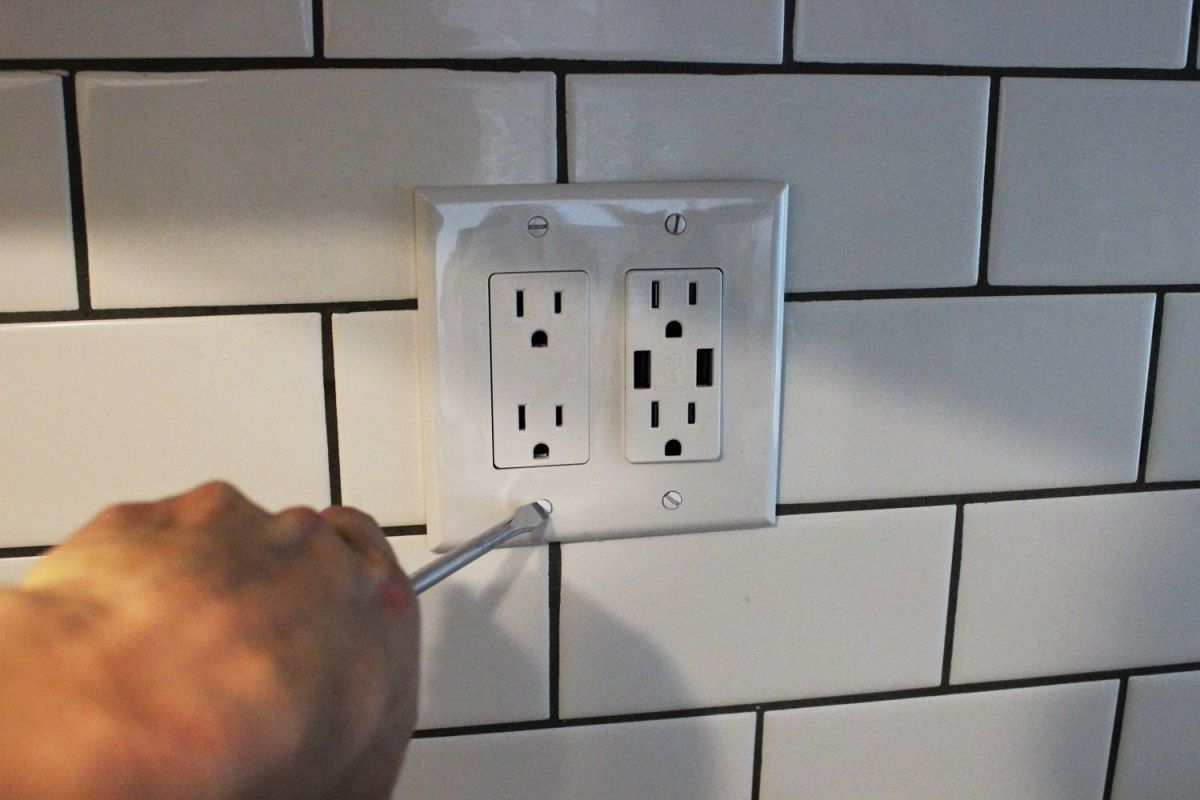 How To Install A USB Wall Charger Outlet
