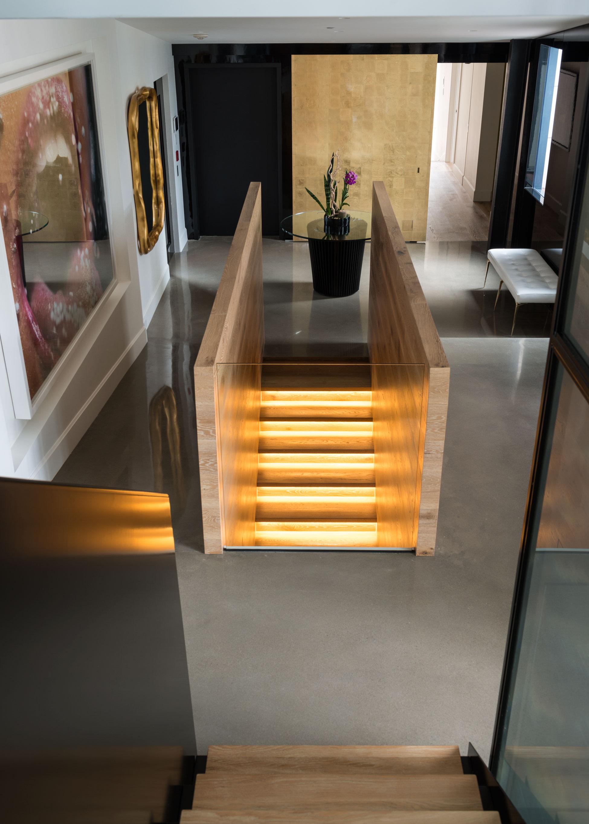 Redpath residence staircase landing