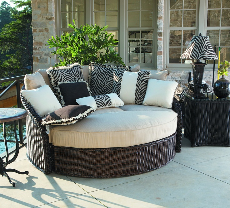 outdoor porch beds that will make