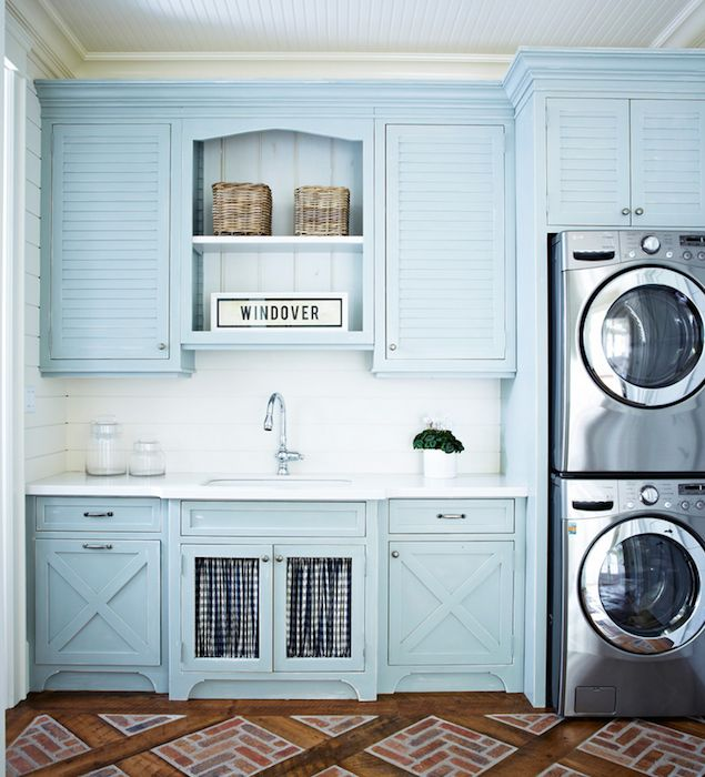 Cottage turquoise laundry room