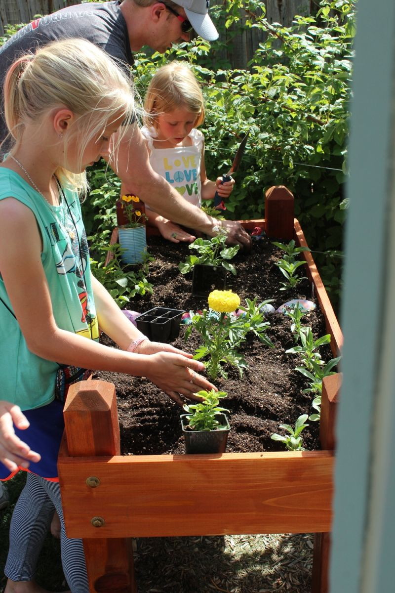 DIY Raised Flower Box-kids planting