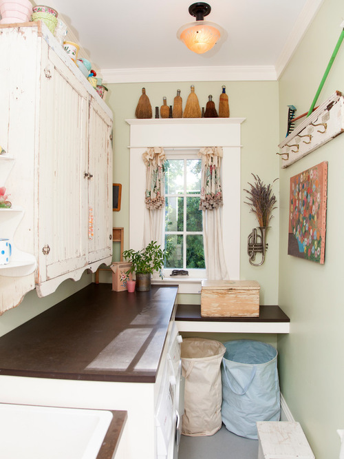 small and vintage laundry room
