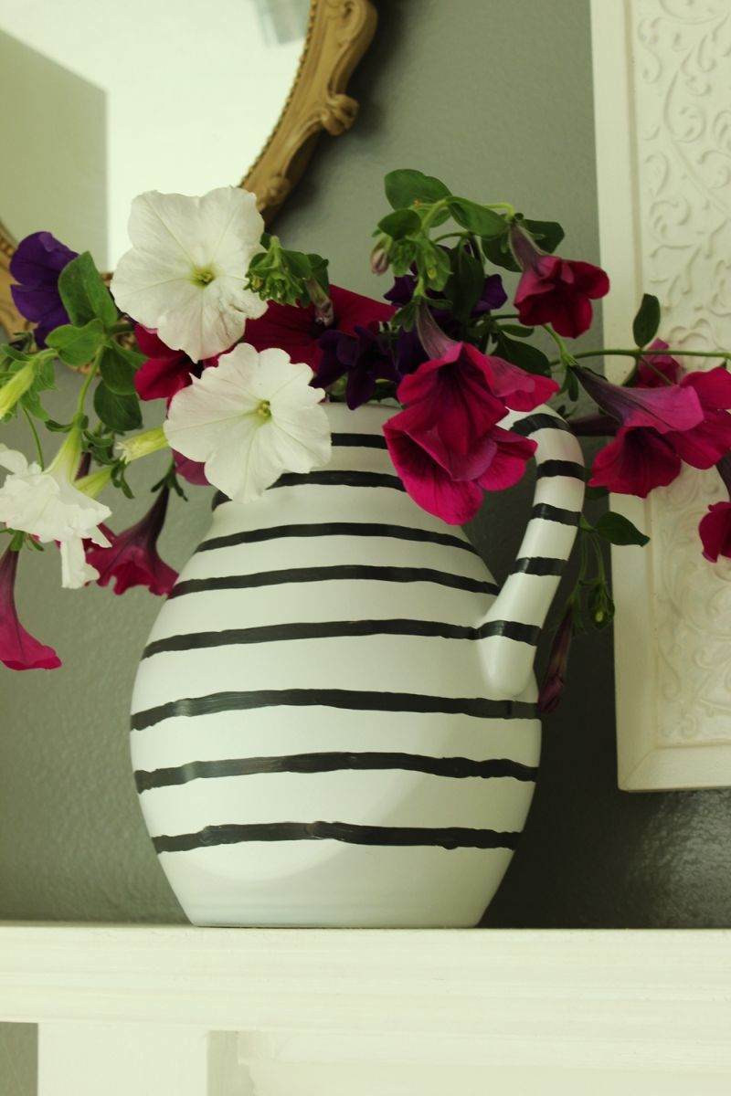 DIY Hand Painted Striped Vase Project