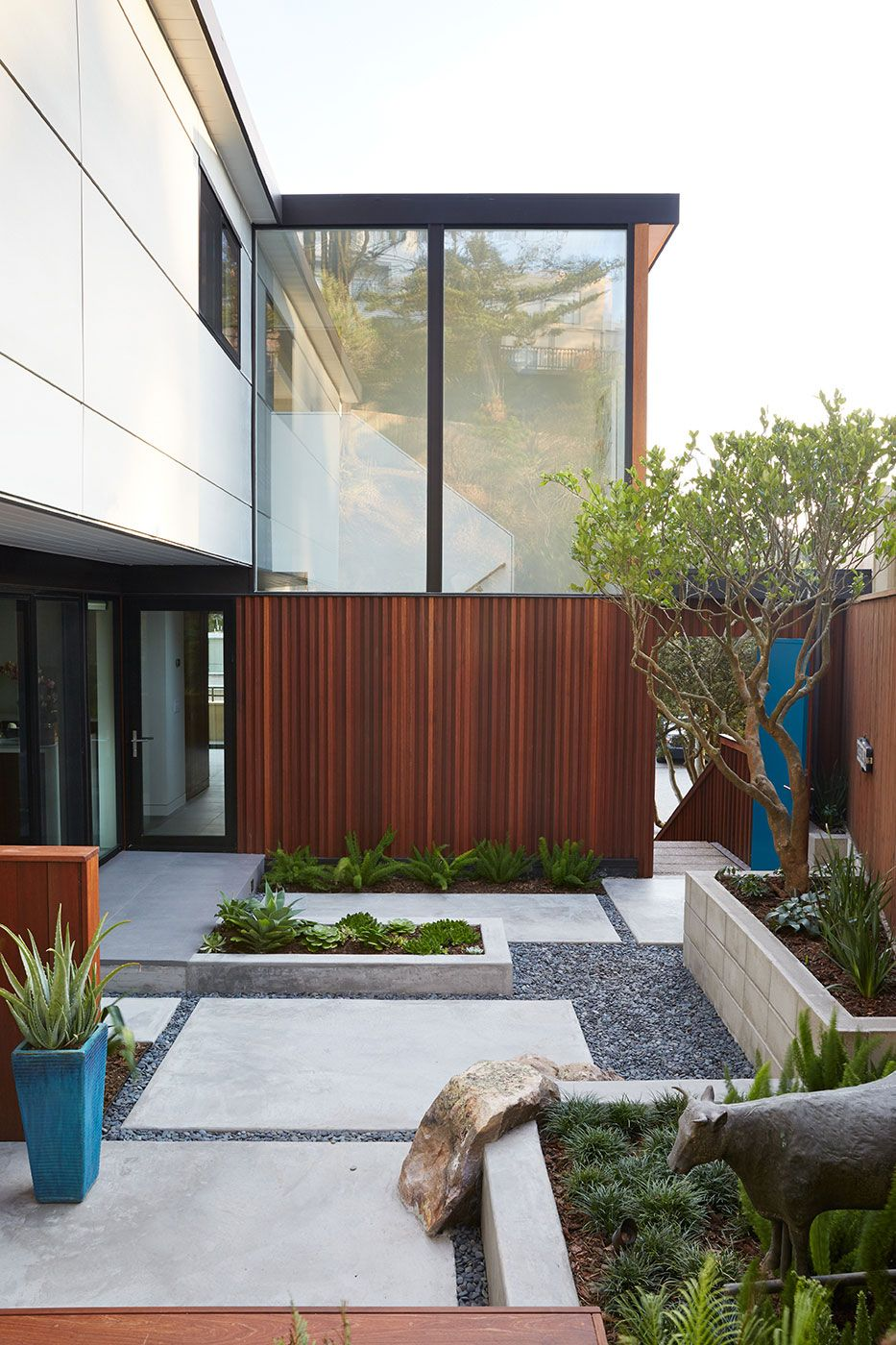 Klopf Architecture Works on an Eichler Remodel in San Francisco Backyard