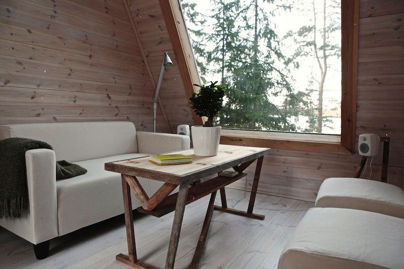 Micro cabin in Finland by robin falck interior