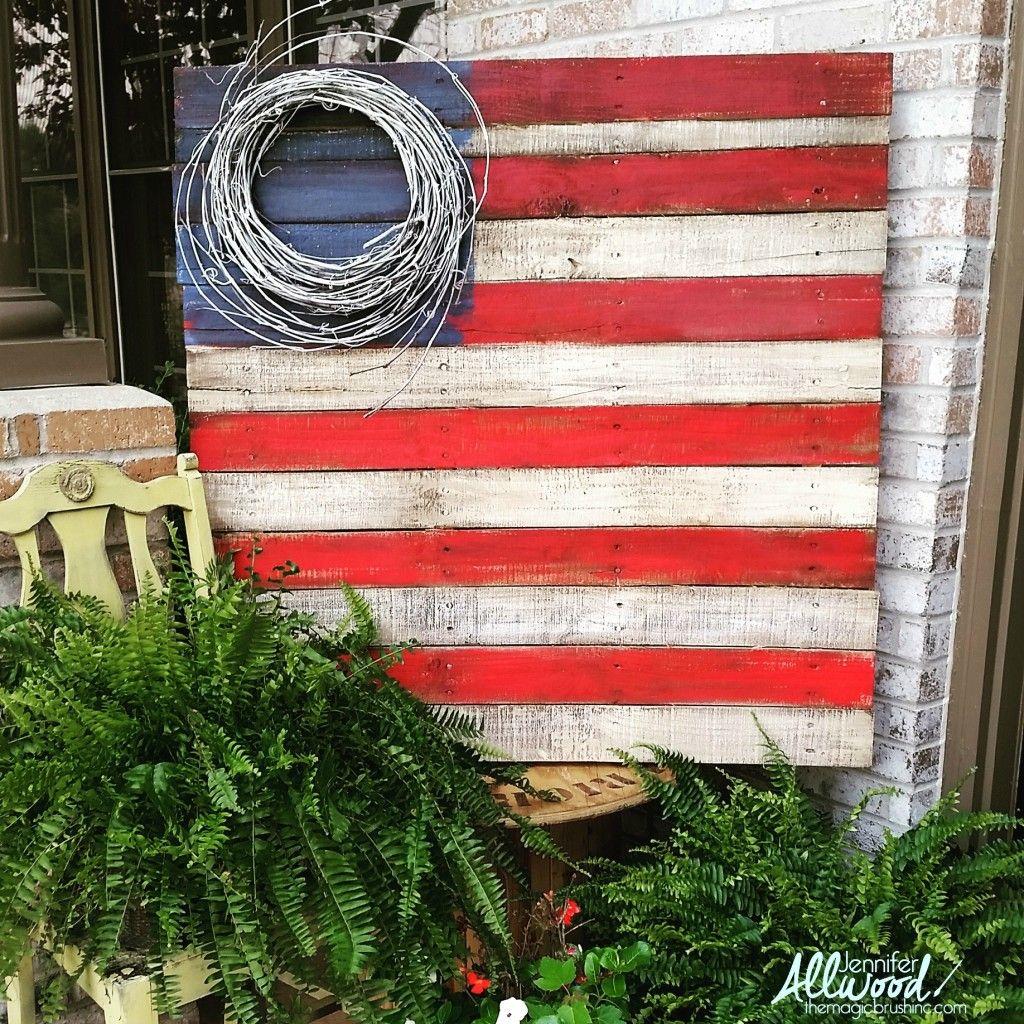 Pallet patriotic design