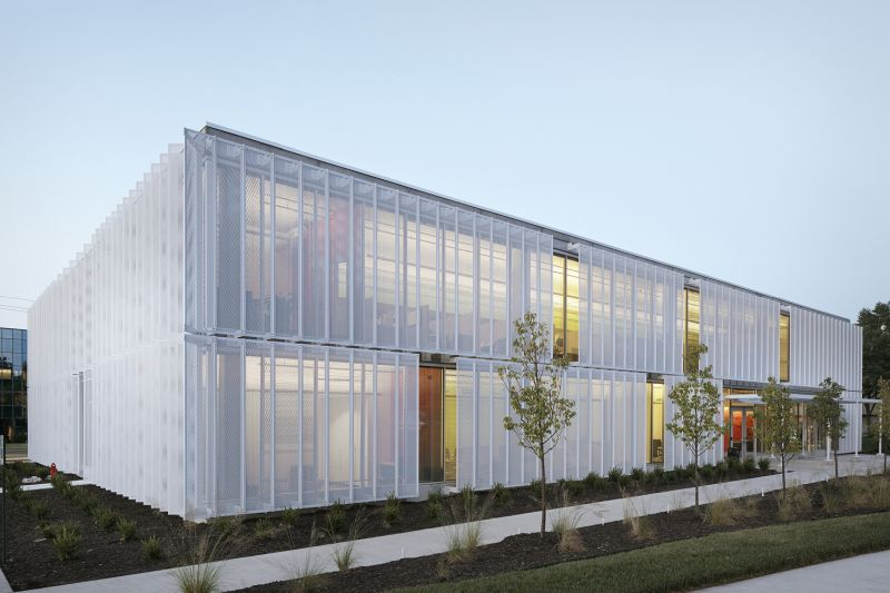 Slading facade speculative office in Leawood