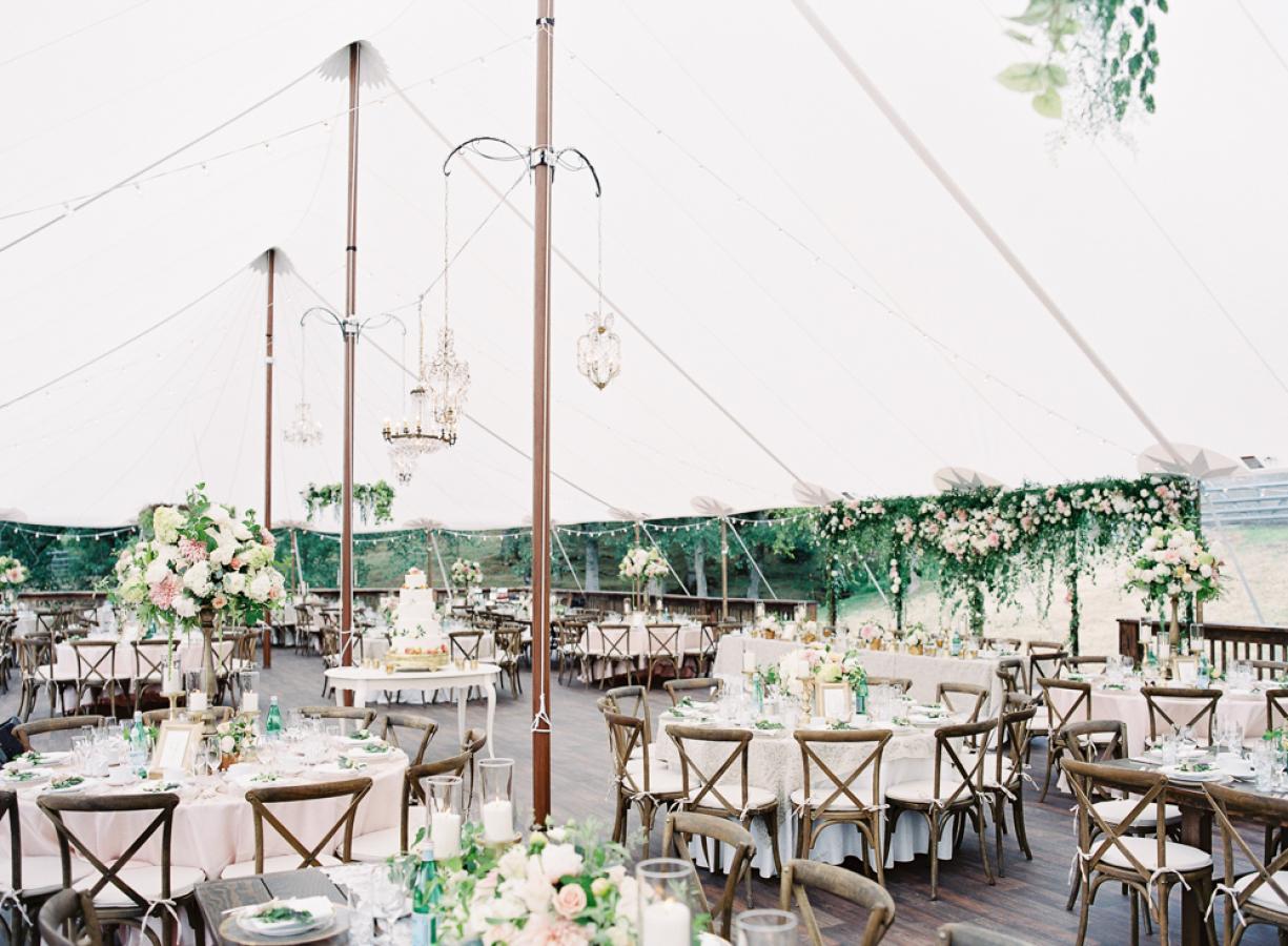 Beautiful wedding table receptions