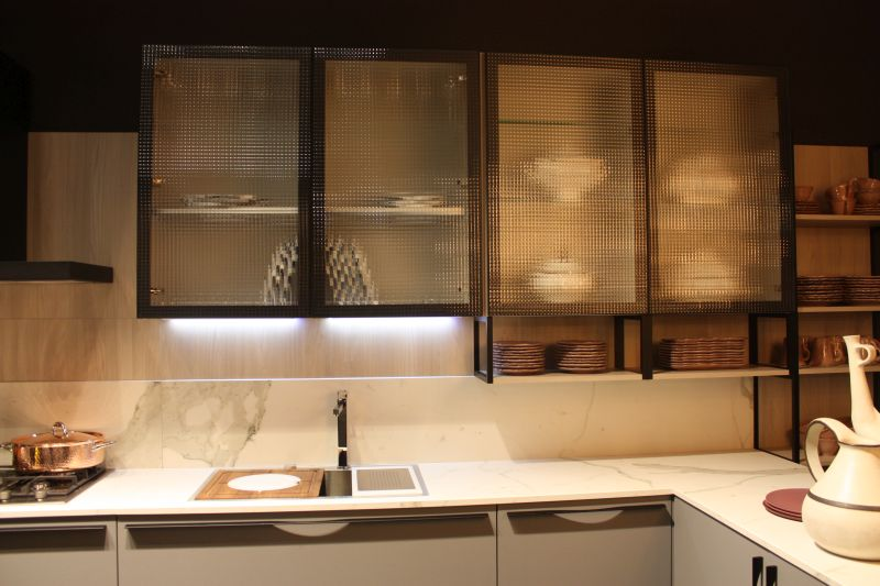 under cabinet led lighting puts the