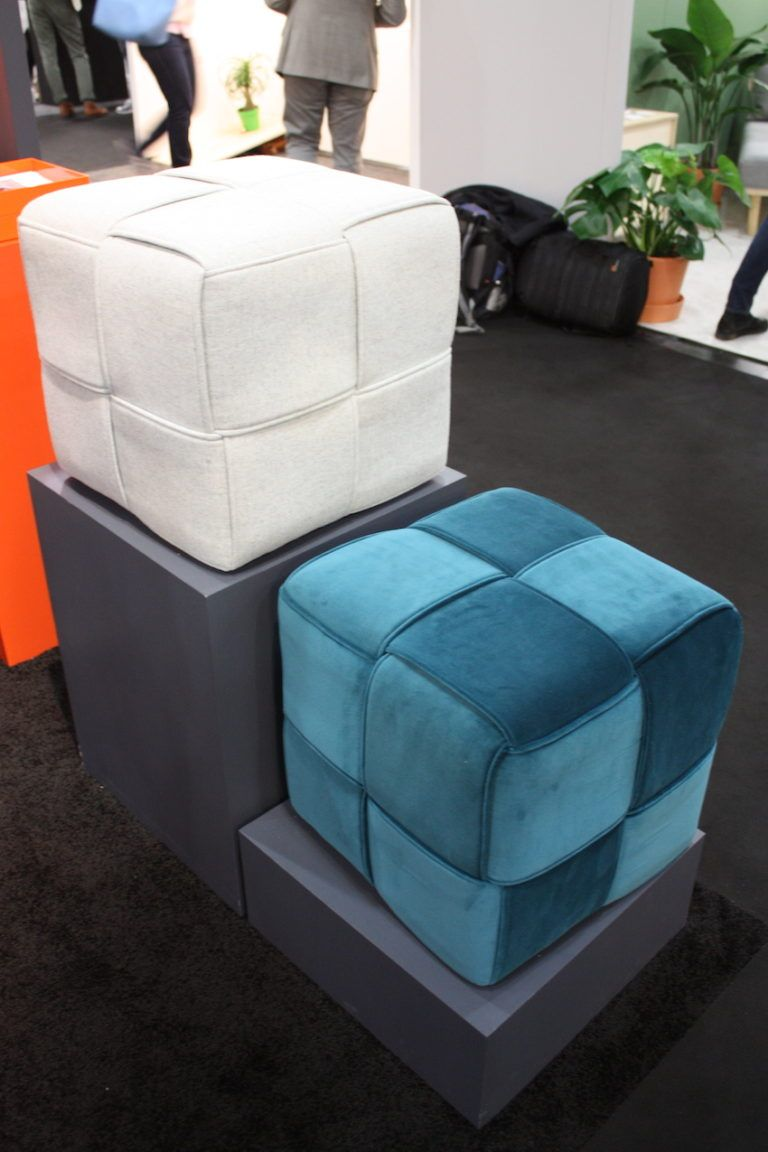 Vetsatile ottomans with a cool pattern
