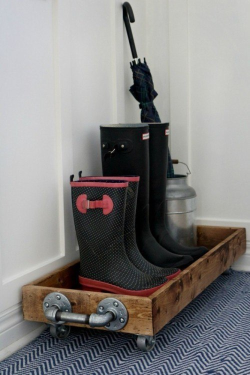 industrial DIY boot tray