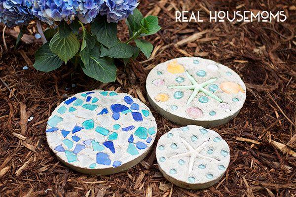 Concrete garden stones