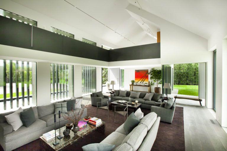 Contemporary Farmhouse Retreat - social area
