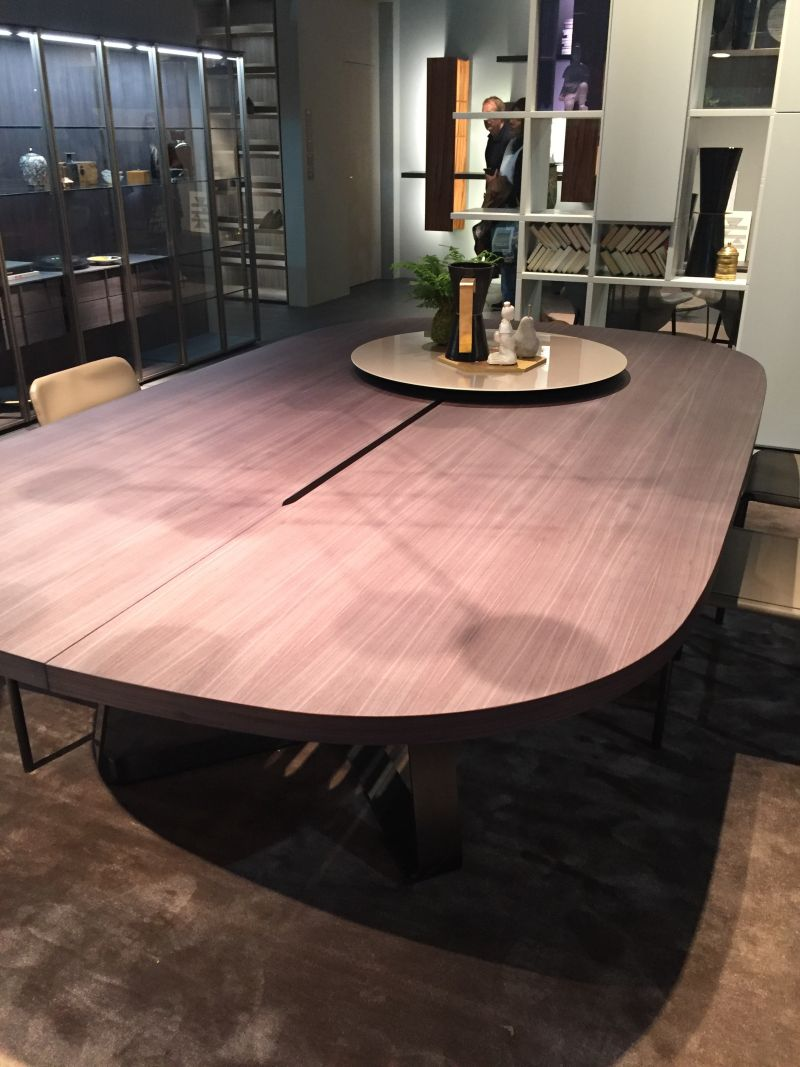 Large oval dining table