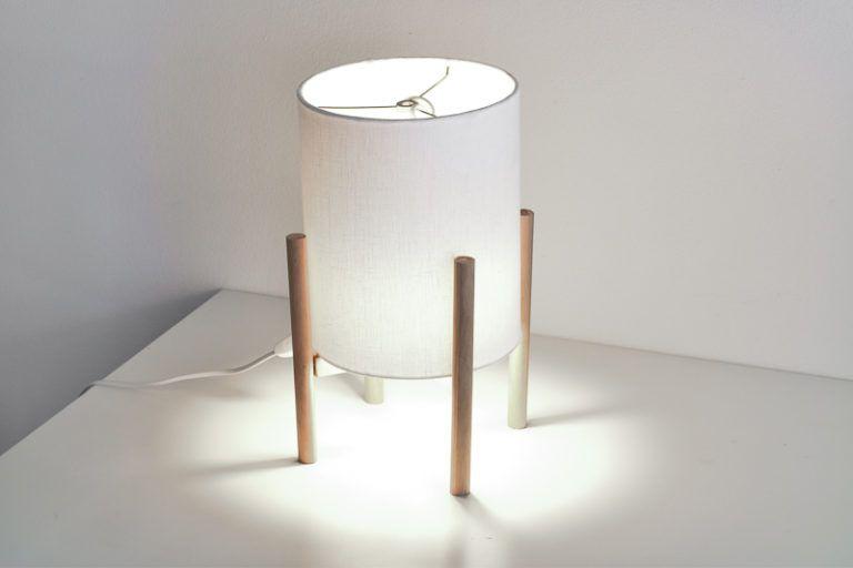 Nordic Mid-Century Modern Lamp