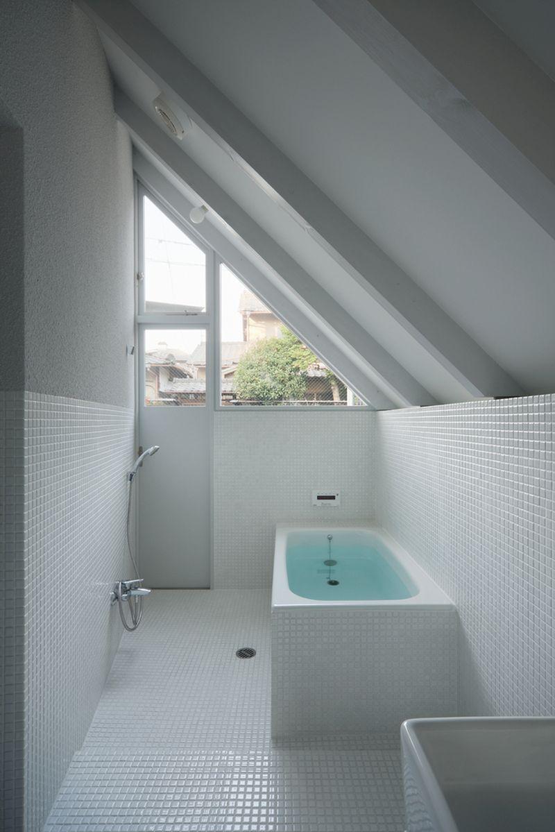 O House extension bathroom