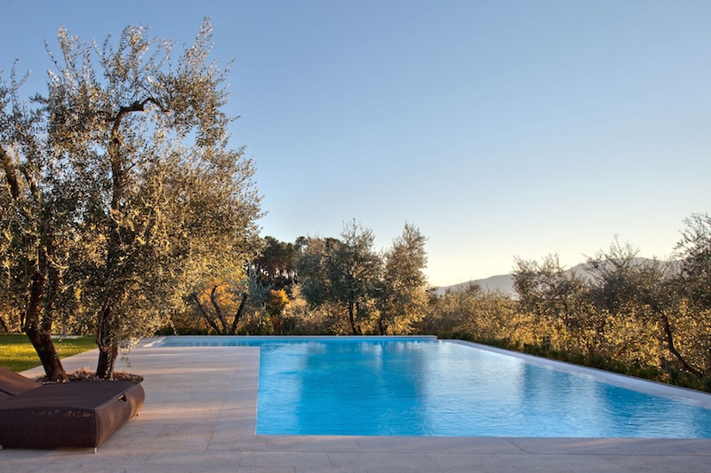 Renovated country house in Lucca pool and deck