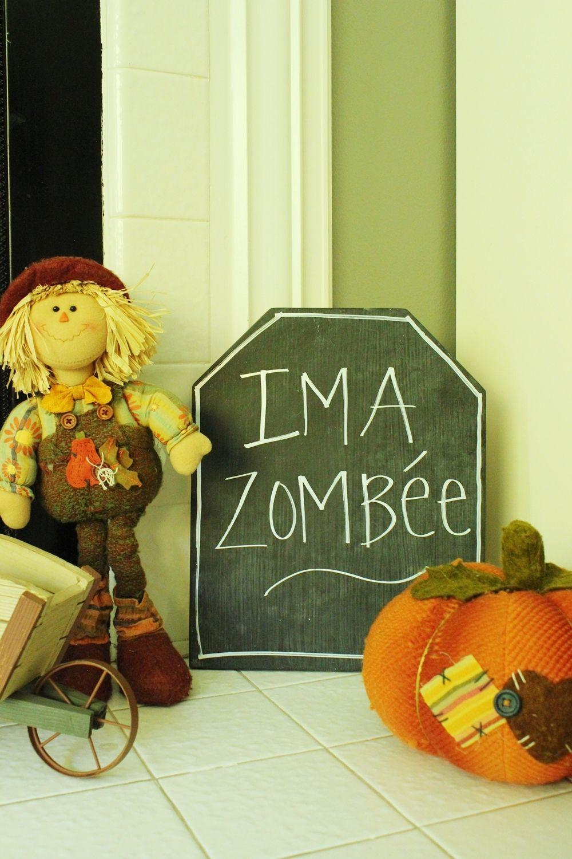 DIY Chalkboard Tombstone -zombee
