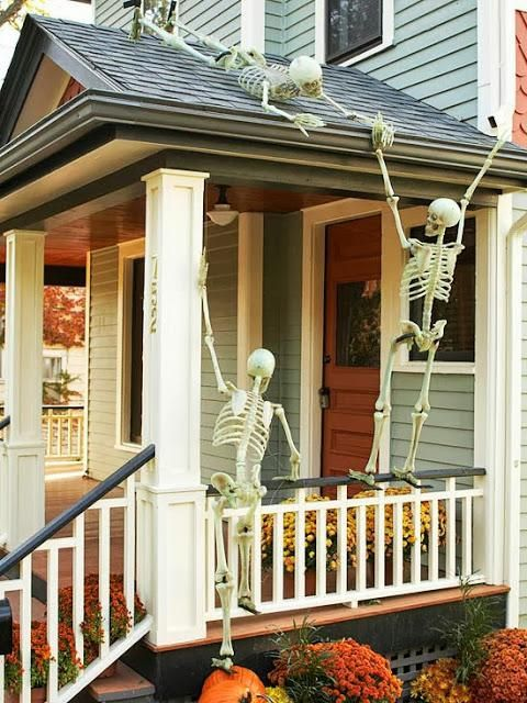 Decorate the house exterior with skeletons