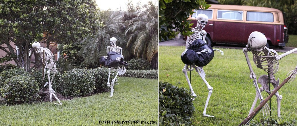 Halloween Skeleton Lawn