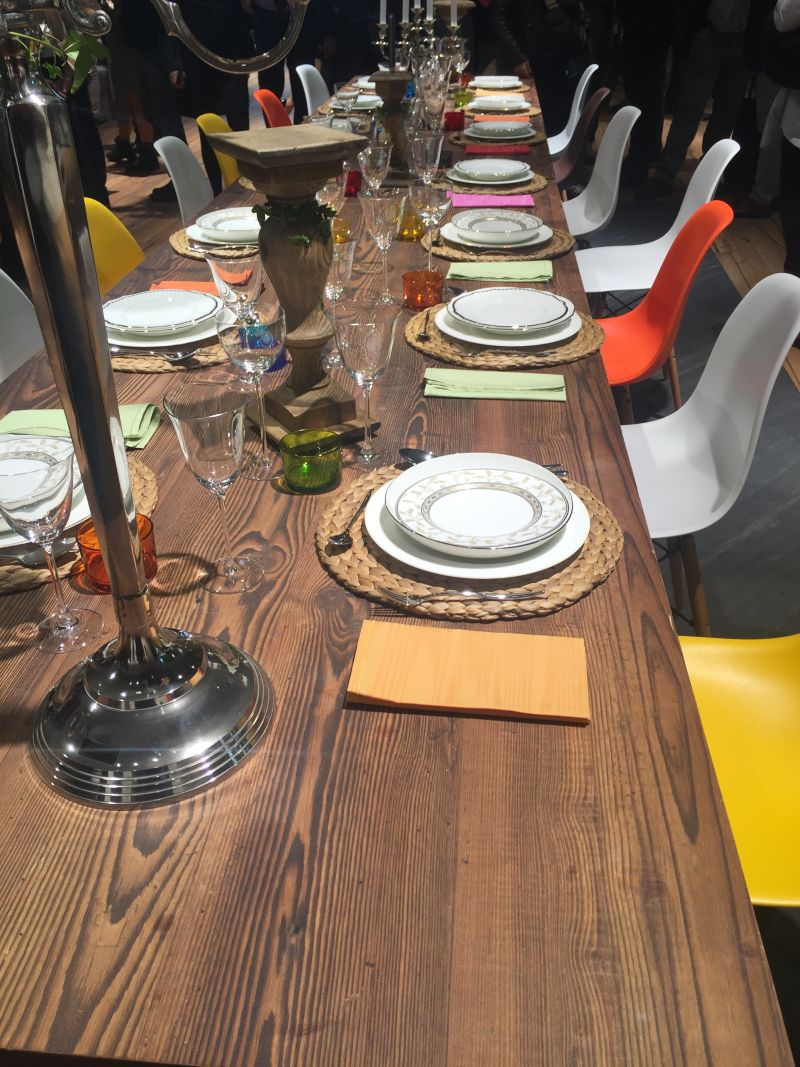 How to set a formal dining table