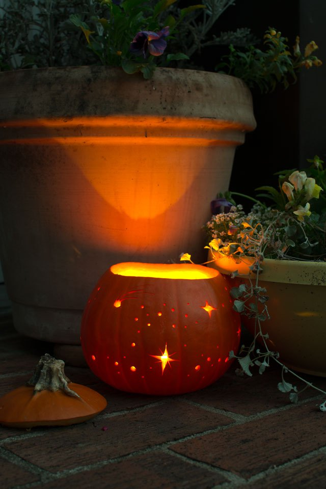 old-fashion-halloween-pumpkin-light
