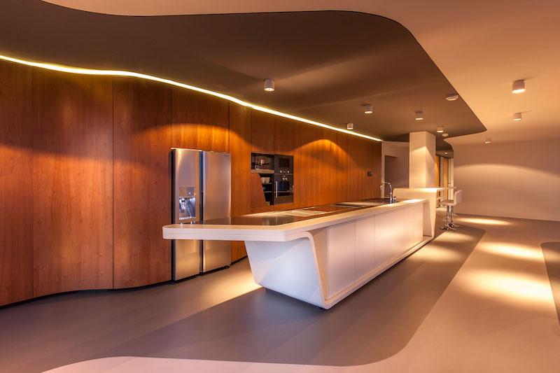 rotterdam-penthouse-living-room-walnut-wall