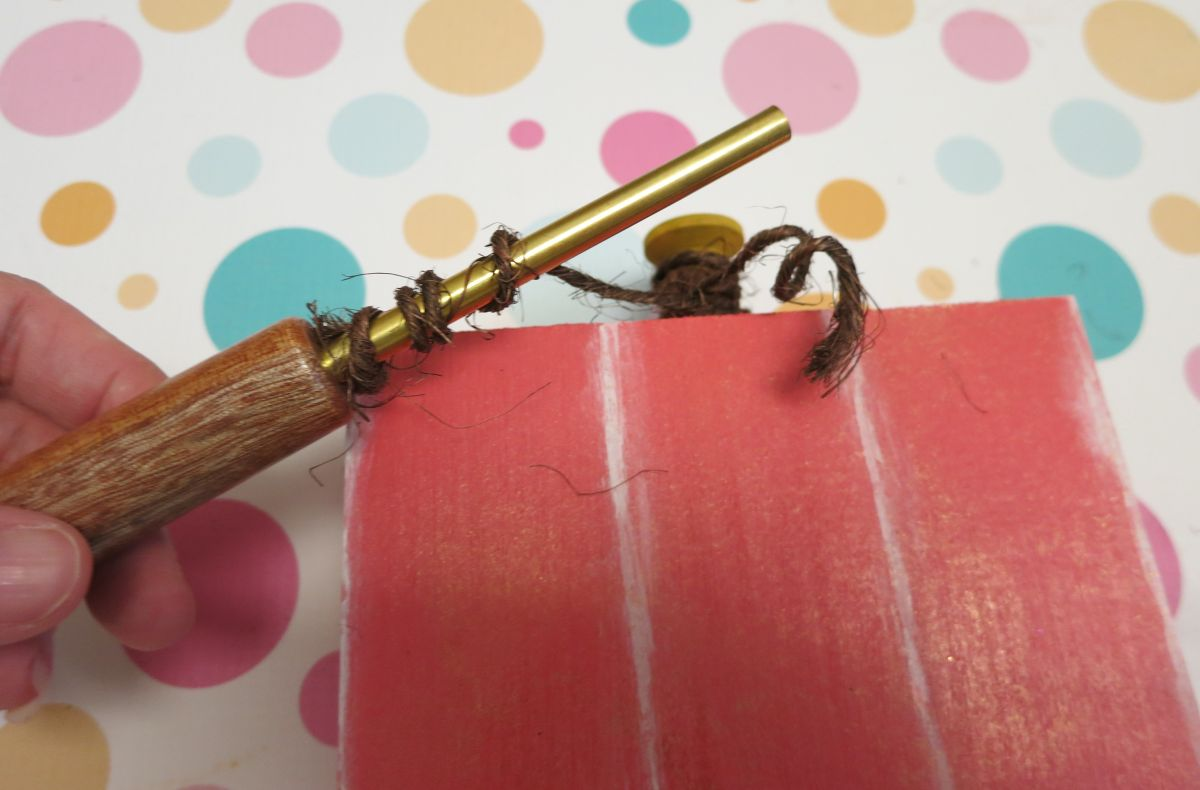 wood-pumpkin-ribbon