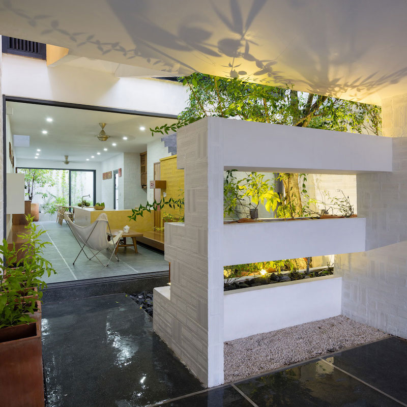 Can Tho House vertical garden divider