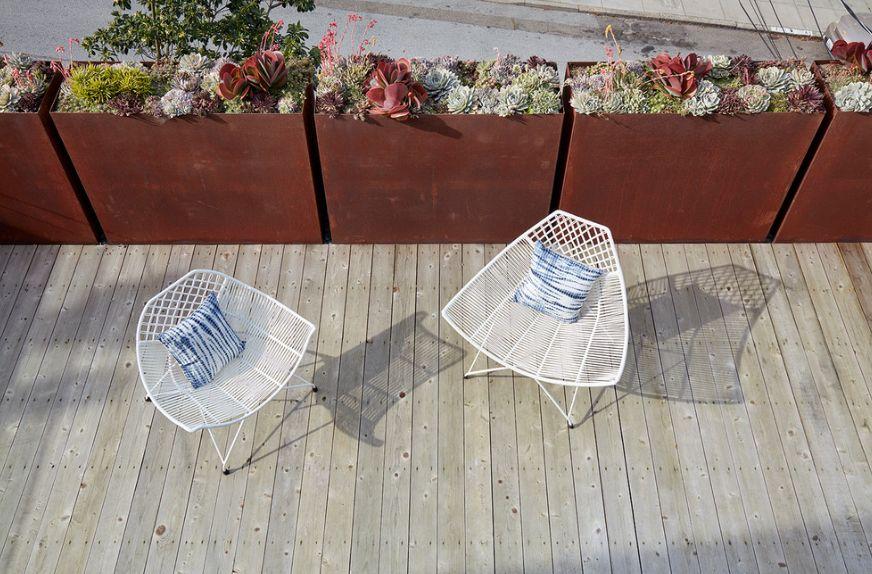 Corten modern planters - fence design