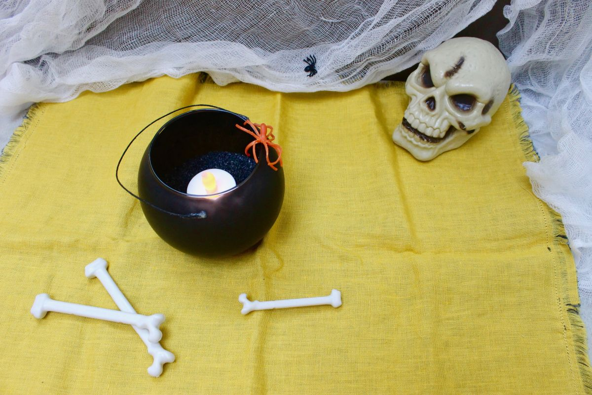 How to make the Cauldron candle for Halloween