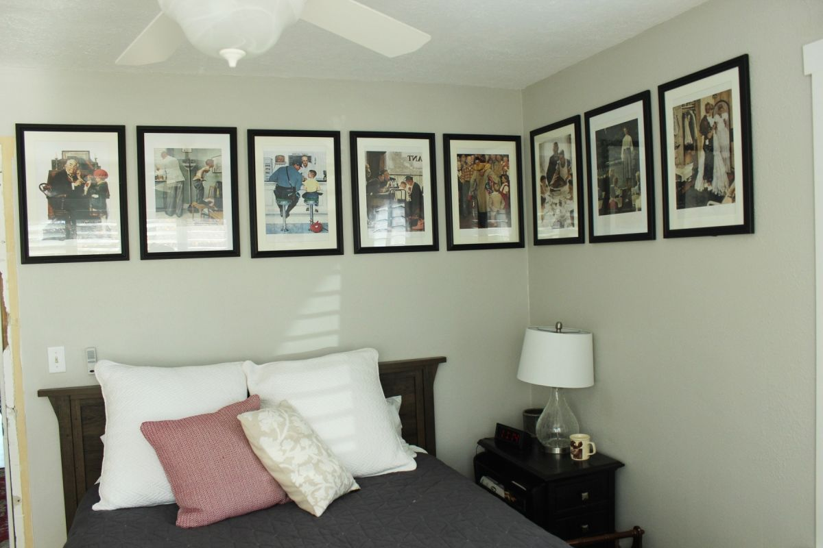Displaying artwork in matching frames