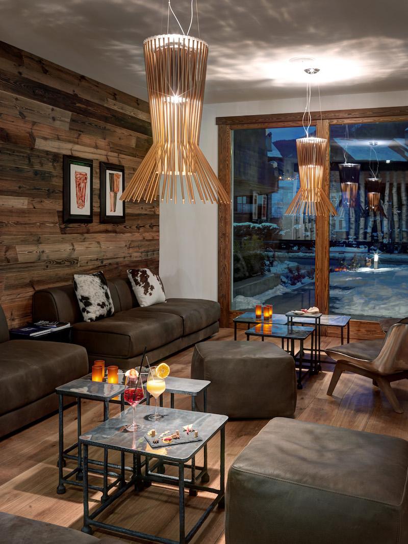 Nira Montana hotel lounge area
