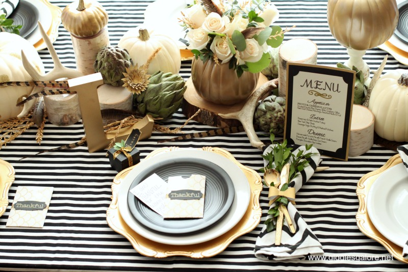 Striped table cloth for Thanksviging Day