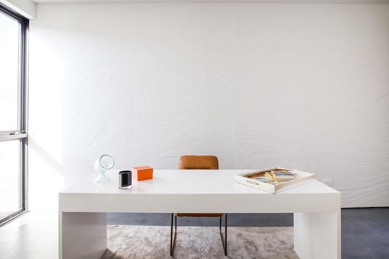 Wave House minimalist desk