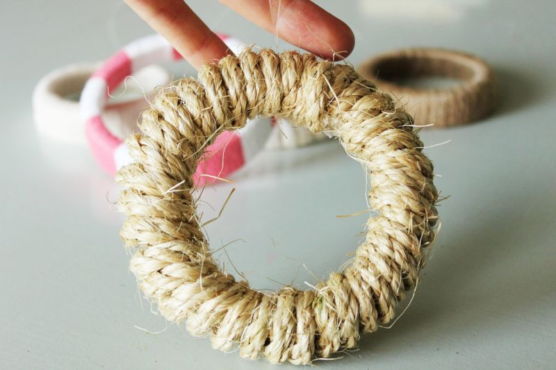 jute twine or unbleached cotton string