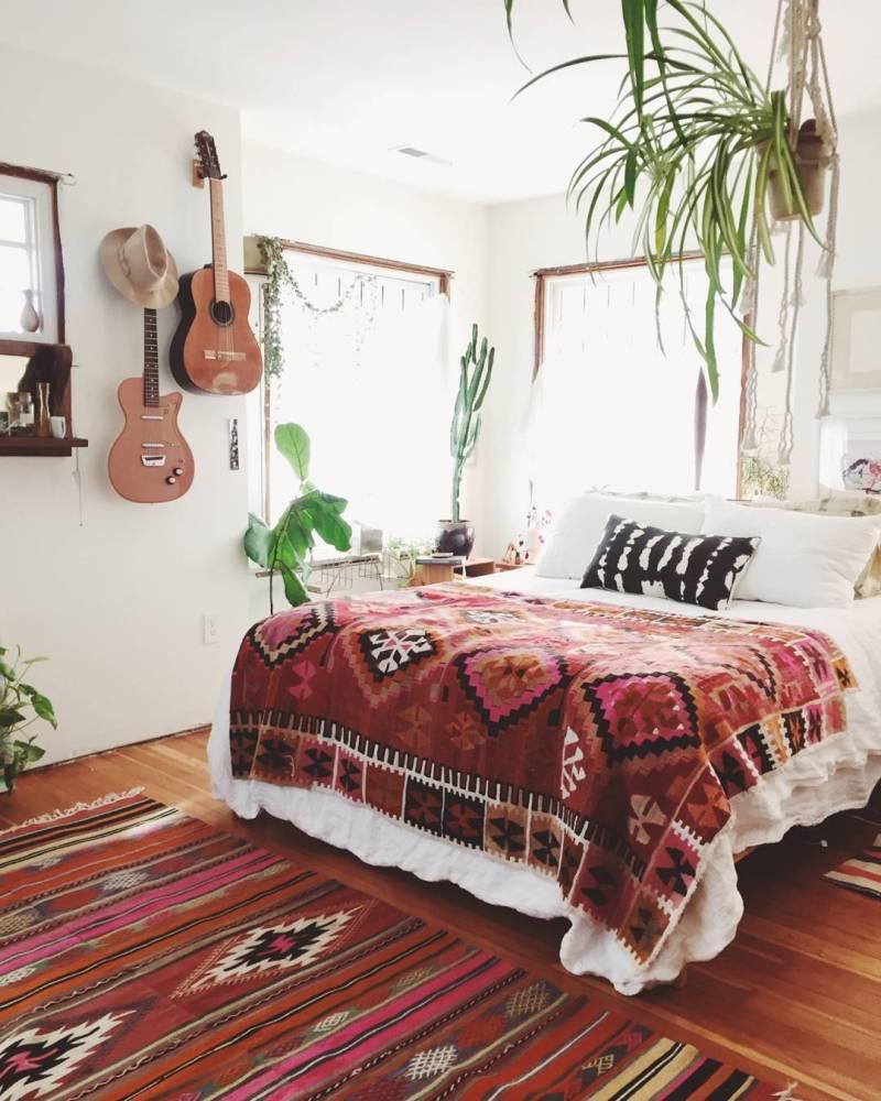Boho bedroom instruments