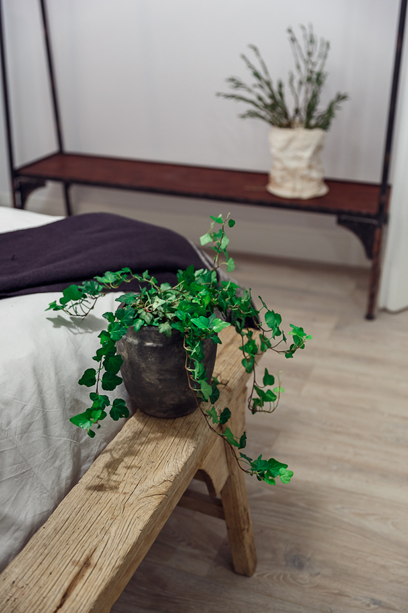 Poem Boem apartment bedroom bench