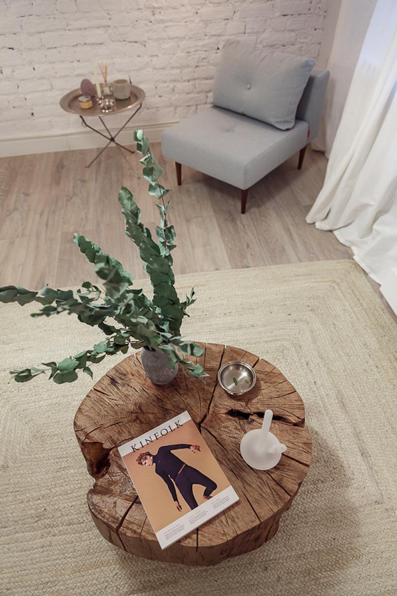 Poem Boem apartment woden table