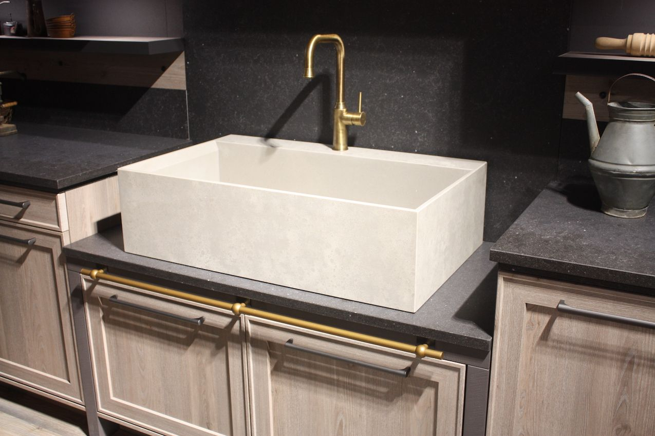 how to choose the kitchen sink that s