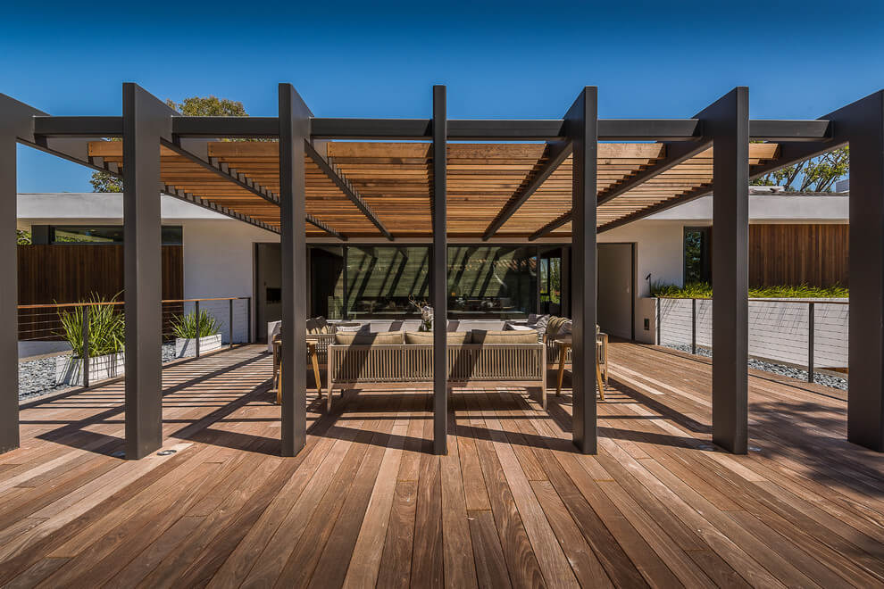 Beautiful Pergola Designs That Perfectly Frame These