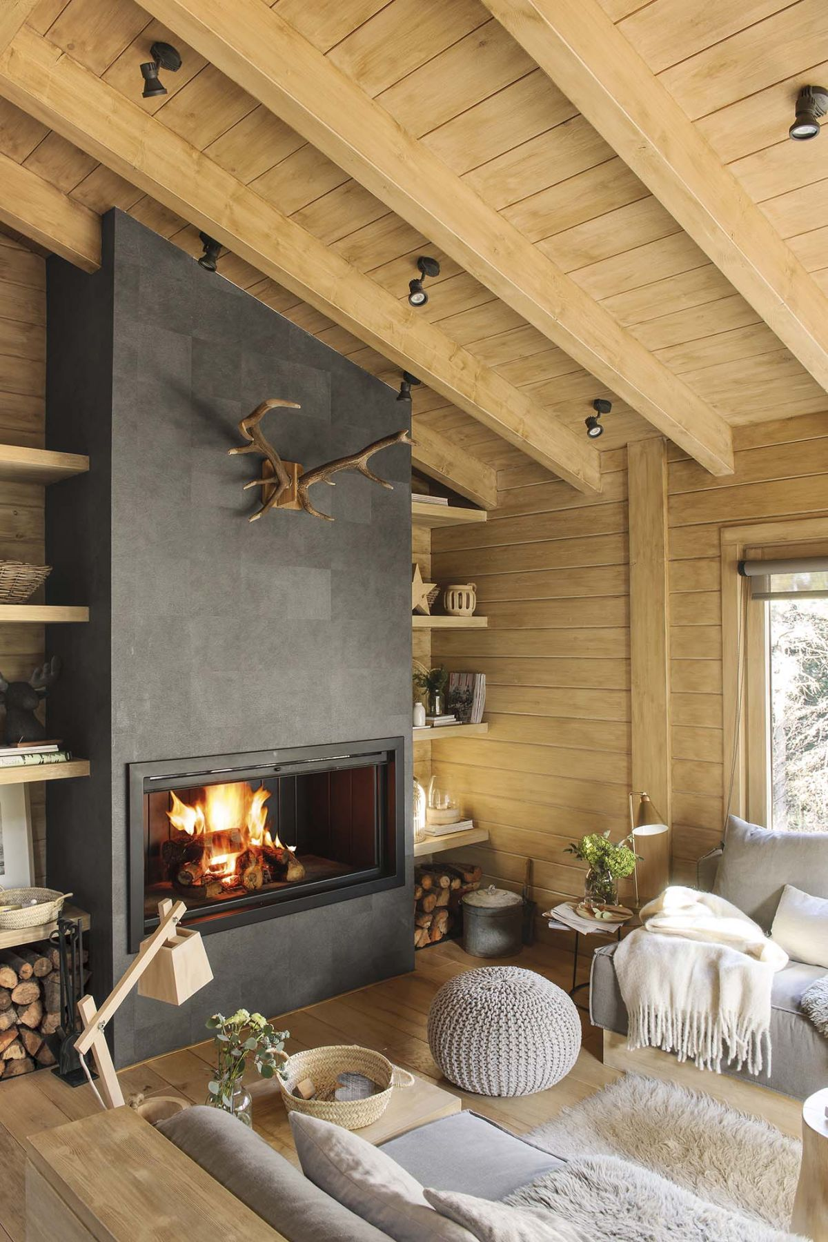 Rustic Living Room Decor Ideas Inspired By Cozy Mountain Cabins