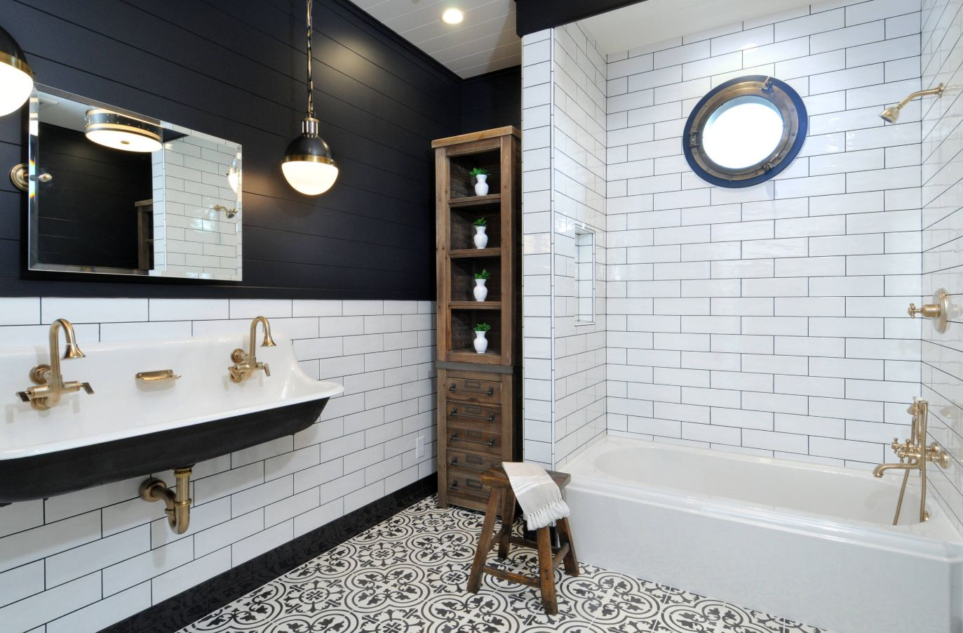 black and white bathroom designs that