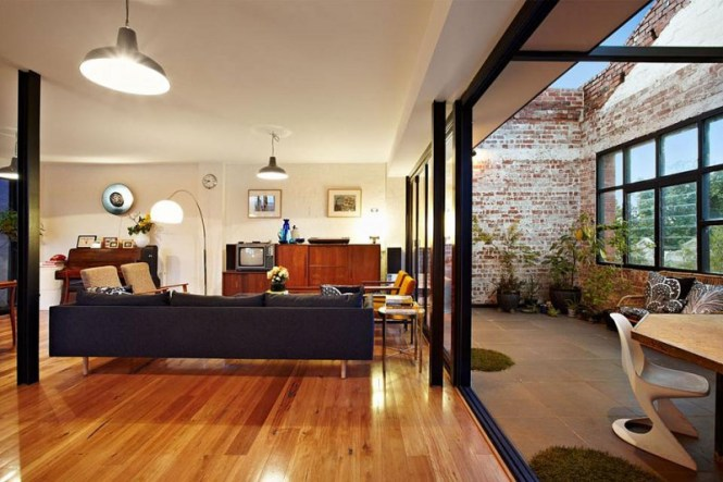 New York Style Warehouse Conversion In