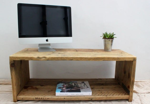 ... and Beautiful DIY Reclaimed Wood Projects To Feed Your Imagination