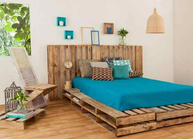 Recycled-pallet-bed-frames-for-your-home-hometshetics (14)