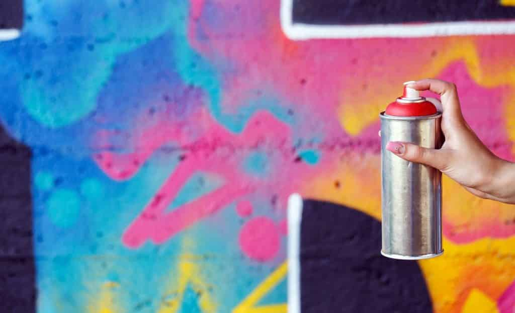 9 Best Spray Paint For Graffiti Tested 2021