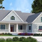 Bungalow Style House Plan 4 Beds 3 Baths 2336 Sq Ft Plan 927 418 Homeplans Com
