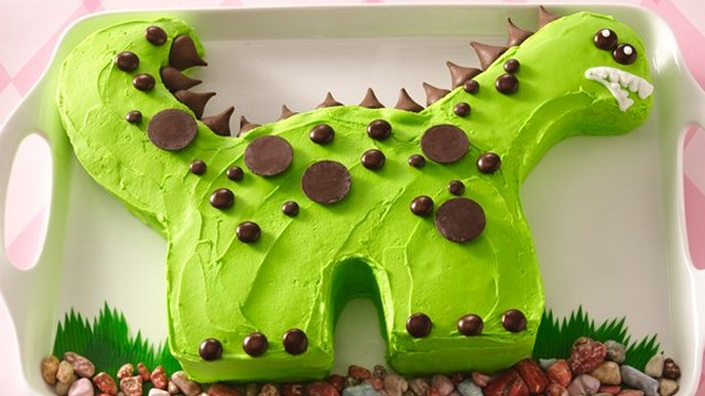 Howdini Com How To Make A Dinosaur Birthday Cake
