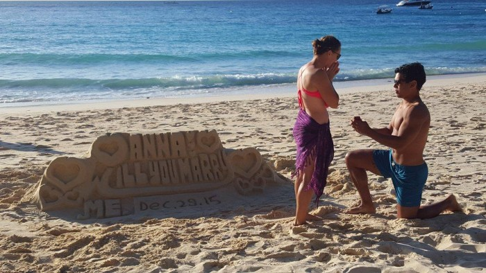 Beach Proposal Ideas: For Your Sweet, Sandy Marriage